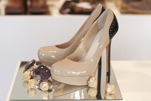 احذية للمرهقات banaat-5bf46c4e09.jp